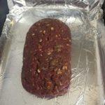 Rocambole de carne recheado com queijo provolone