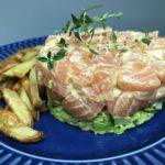 Tartare de salmão e avocado