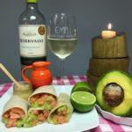 Wrap de salmão com abacate