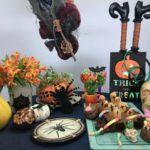 Mesa posta para o Dia das Bruxas