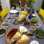 Mesa posta: receber com aperitivos