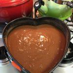 Bolo romântico de chocolate