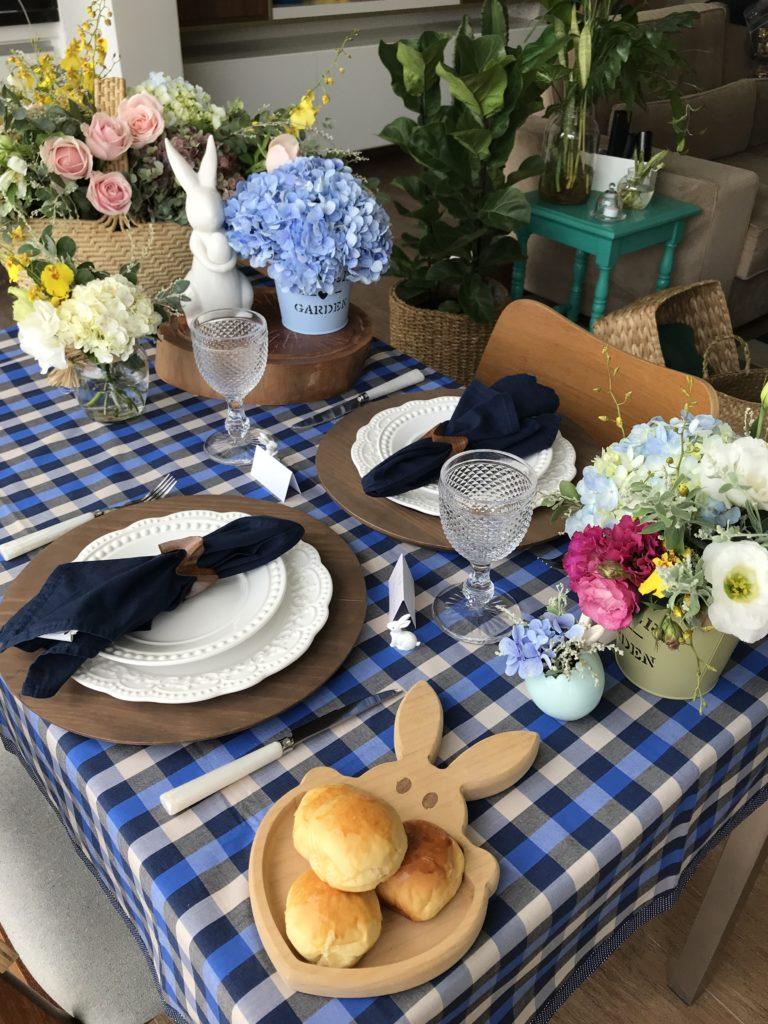Uma mesa em casa para a Páscoa - toalha de mesa