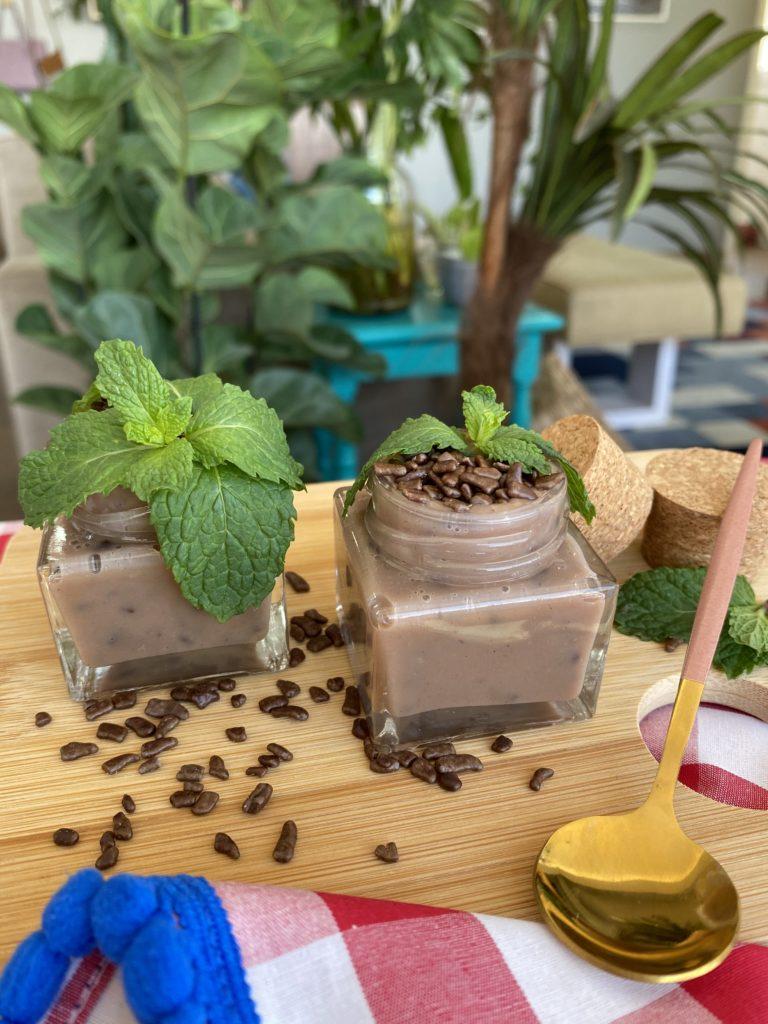 5 DIY com flores para comer brigadeiro