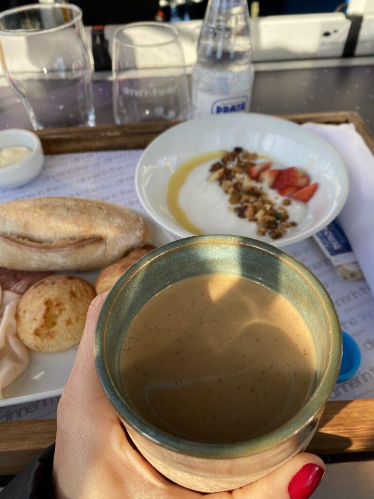 Café da manhã dinner in the sky