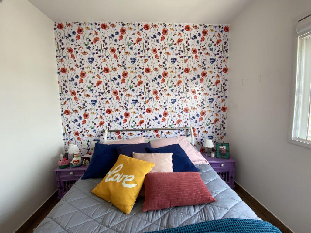 Depois da parede do quarto